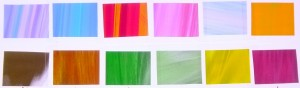 様々な色や柄のフィルムの画像です